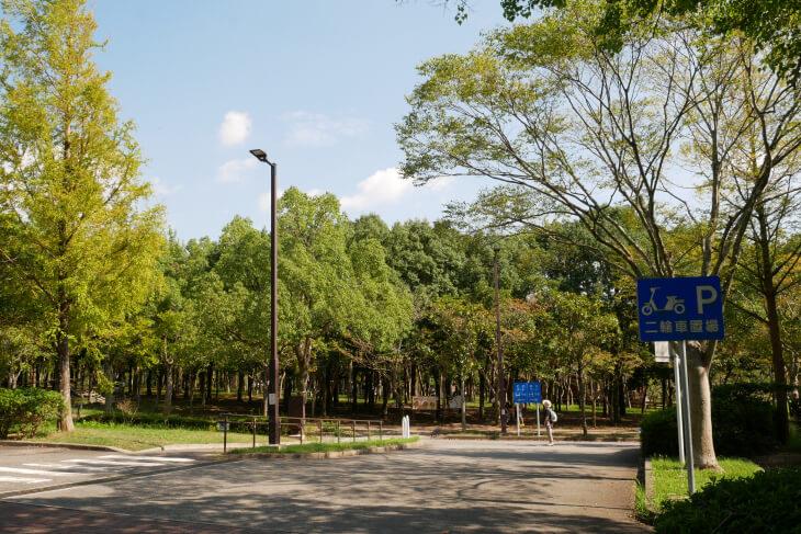 総合福祉ゾーン しあわせの村 駐車場画像