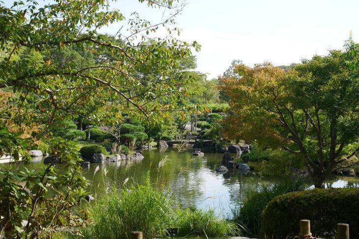 総合福祉ゾーン しあわせの村 日本庭園画像